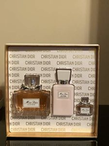 Dior Miss Dior For Women 3 Piece Set (3.4 Ounce Eau De Parfume Spray + 2.5 Ounce Moisturizing Body Milk + 0.17 Ounce Miniature), clean